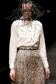 Christian-Dada-Fashion-2011-017